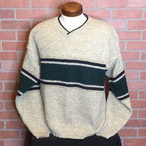 Woolrich mens wool blend sweater L V neck (JJ70)